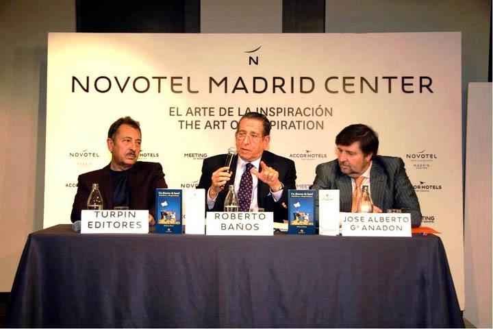 Roberto Banos.Roberto Banos Presento Su Libro Un Director De Hotel