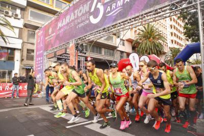 La Maratón Internacional convierte a Santa Cruz de Tenerife en la capital del atletismo