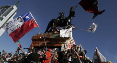 Renacen con fuerza las protestas en Chile en contra del accionar de la policía militarizada