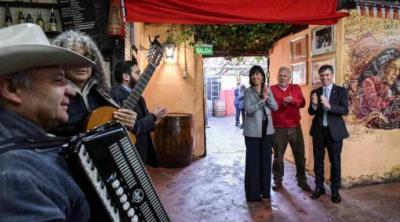 """""""Disfruta el 18 en Chile"""": Gobierno invita a recorrer el país durante las Fiestas Patrias"""