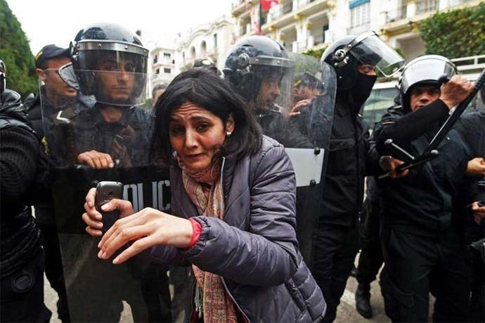 El alza de impuestos que provocó las protestas empezó a regir el pasado 1º de enero.