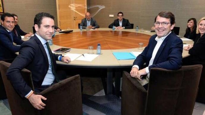 Ciudadanos no retomará las negociaciones con el PP en Castilla y León hasta que vea 'por escrito' que asume sus exigencias