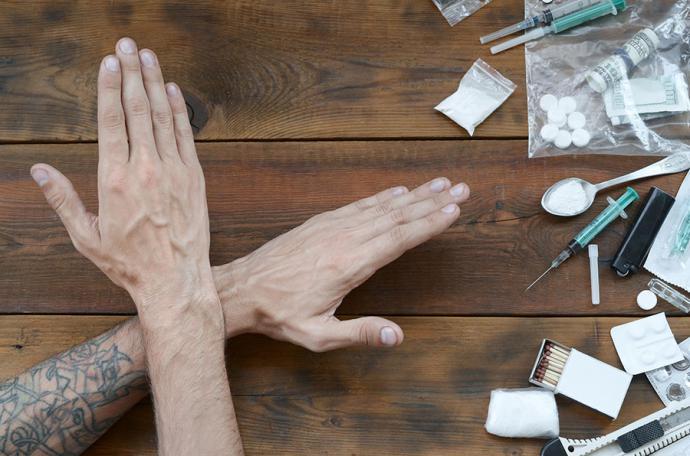 ¿Cómo enfrentar un caso de adicción a estupefacientes en la familia?