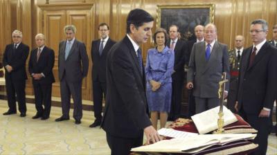 El magistrado Pedro González Trevijano jura su cargo como magistrado del TC en 2013