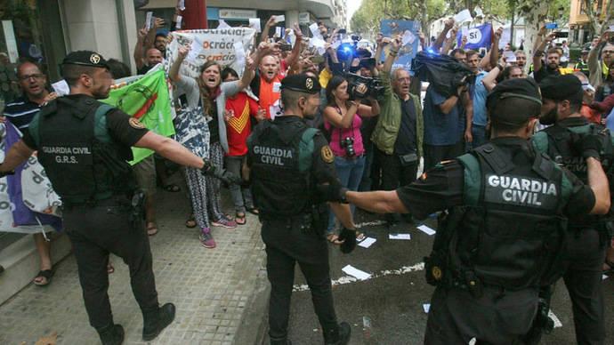 La mayoría de los catalanes ve ilegal el referéndum secesionista