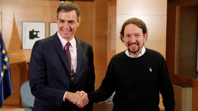 Sánchez (i) e Iglesias
