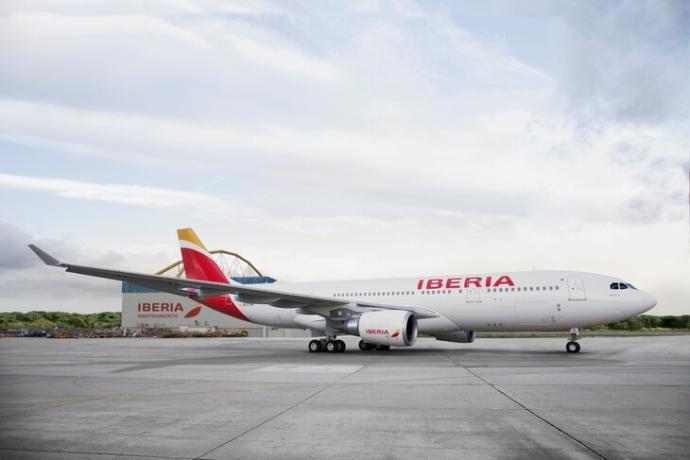 Iberia empieza a operar cinco vuelos semanales entre Madrid y Montevideo