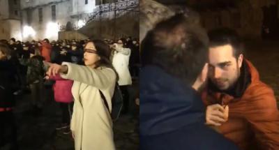 """En Galicia un hombre interrumpe himno feminista gritando """"Ahora a casa para hacer la cena"""""""