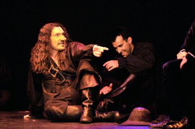 Cyrano versus Paloma