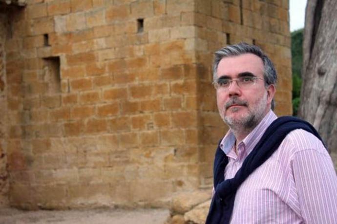 """Santiago Montobbio, autor del libro de poemas """"De infinito amor"""". Reflexiones y experiencias del tiempo de confinamiento"""