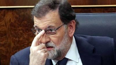 Rajoy da cinco días a Puigdemont para confirmar si declaró la independencia