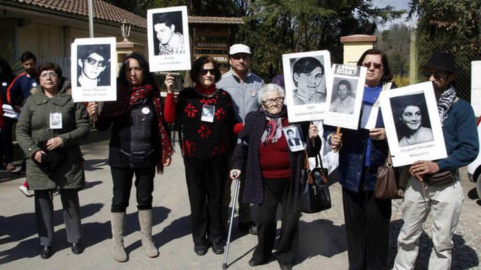 Bachelet hace su primer acto público para conmemorar el golpe de Pinochet