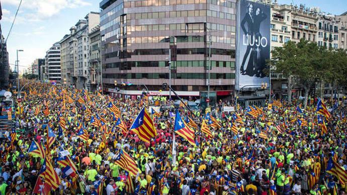 Cruce del Passeig de Gràcia y la calle Aragó, epicentro de la marcha ©SANDRA LÁZARO