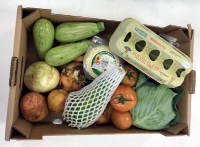 El Ayuntamiento de Santa Cruz de Tenerife repartirá 4.000 cestas con productos frescos