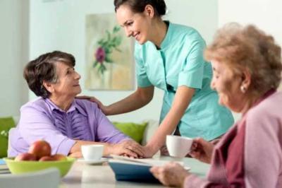La importancia del cuidado de enfermos por parte de profesionales