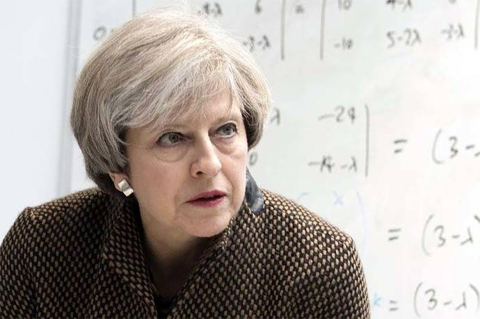 Theresa May: ciberataque contra hospitales británicos fue un