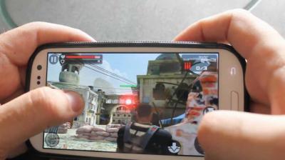 Los cuidados a tener en cuenta para descargar juegos en los celulares Samsung