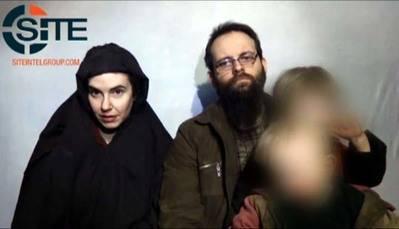 La pareja  norteamericana liberada