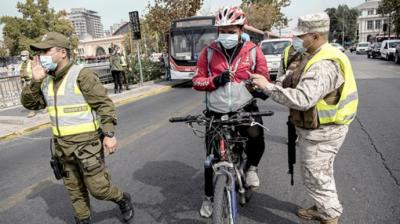 Militares  realizan controles de documentaciòn en busca de inmigrantes irregulares