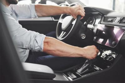 5 objetos particulares que no pueden faltar en tu coche