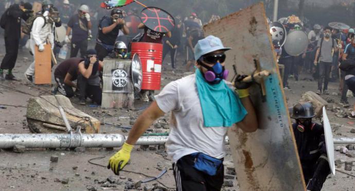 Nuevos enfrentamientos en Chile en masiva manifestación