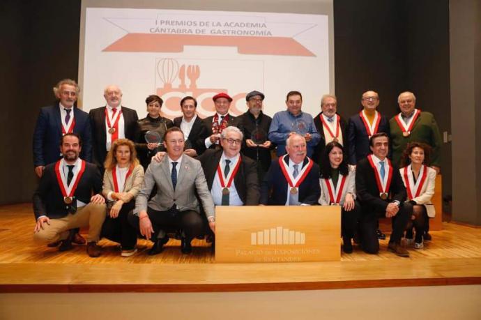 La Academia Cántabra entregó los premios regionales de gastronomía