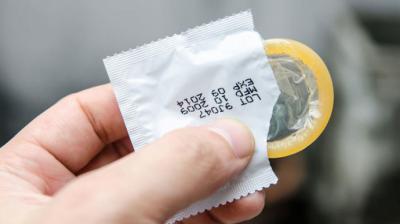 Sanidad lanza una campaña para fomentar el uso de preservativos entre jóvenes