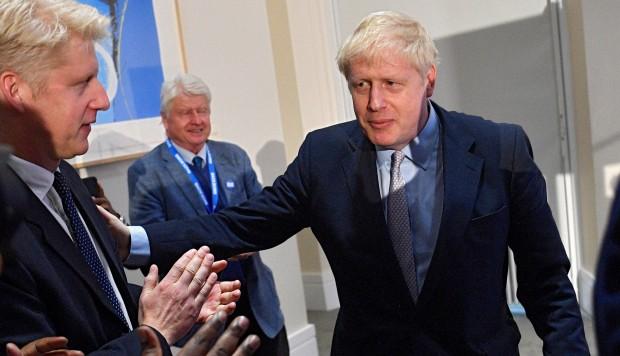 Boris Johnson parte como favorito para suceder a May