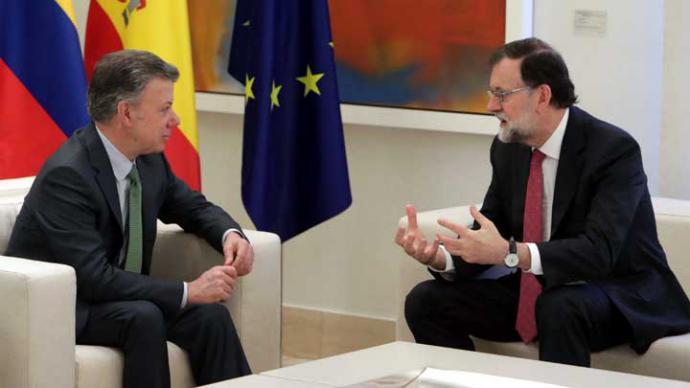 Juan Manuel Santos presidente de Colombia (i) y Mariano Rajoy