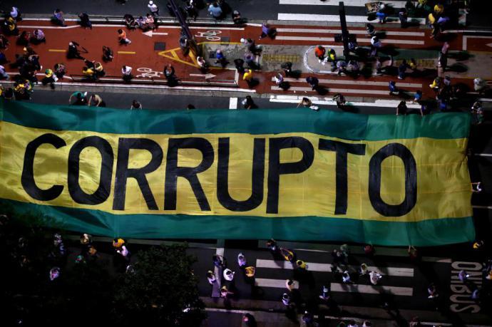 Economía, violencia y corrupción: los problemas de América Latina