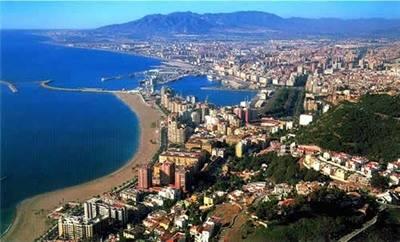 Málaga firma este verano los mejores datos turísticos de su historia, con casi un 10% más de viajeros