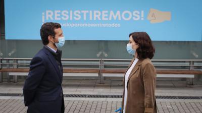 El líder del Partido Popular, Pablo Casado, junto a la presidenta de la Comunidad de Madrid, Isabel Díaz Ayuso.Comunidad de Madrid - Archivo
