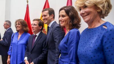 De derecha a izquierda: Aguirre, Ayuso, Casado, Botella y Gallardón en una imagen de 2019EUROPA PRESS