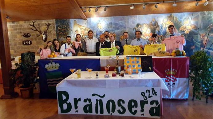 El santanderino Borja Gutiérrez ganó el Festival de Coctelería de Brañosera