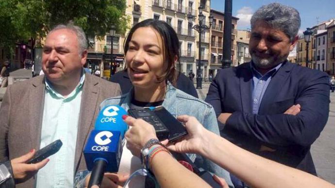 El candidato del PP por Huelva, Juan José Cortés, acusa a Pedro Sánchez de 'sentarse a la mesa con pederastas y violadores'