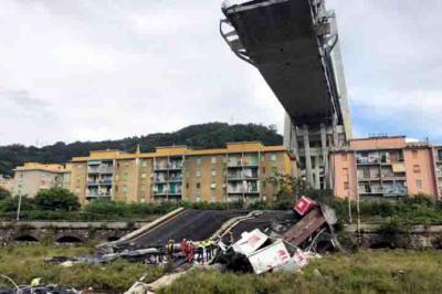 Por qué se cayó el puente de Morandi, en Italia?