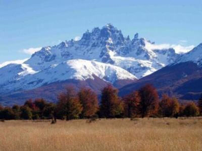 La habilitación del circuito Parque Nacional Cerro Castillo es el objetivo de proyecto en desarrollo.