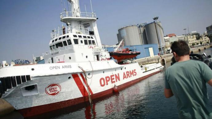 España bloquea la salida del buque de rescate de migrantes Open Arms