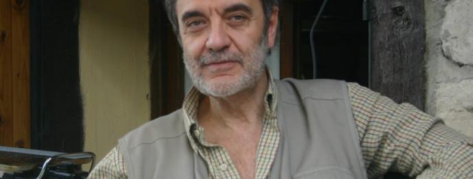 Emilio Porta, escritor, editor y caballero