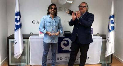 Antonio Carmona recibe el premio de calidad turística