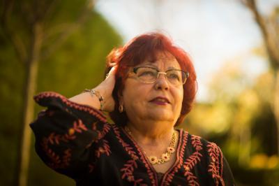 Isabel Díez Serrano: Poemario y Glosas a coplas de Fredo Arias y otros autores