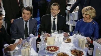 Mariano Rajoy, junto a Esperanza Aguirre e Ignacio González