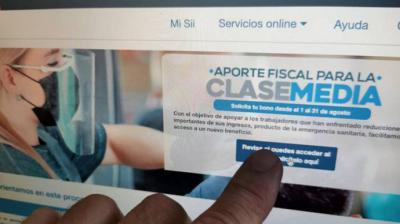 Segun el gobierno chileno, 37.000 funcianarios cobraron indebidamente un bono de ayuda social