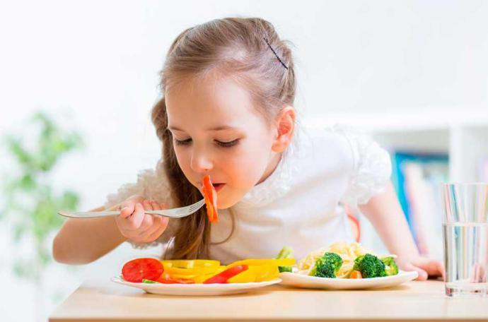 Aprovecha la vuelta al cole para equilibrar la alimentación de tus hijos