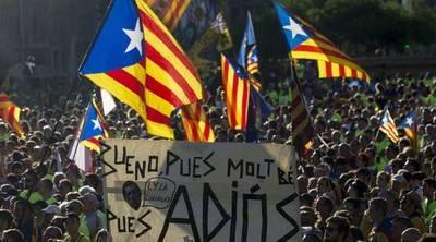 Medidas judiciales no consiguen frenar el referendo en Cataluña