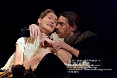 """""""La rosa de Papel"""" obra de teatro de Valle Inclán, dirigida por Irina Kouberskaya, en el Teatro Tribueñe"""