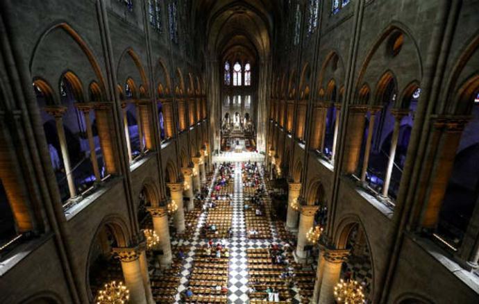 Notre-Dame de París un edificio emblemático de Francia