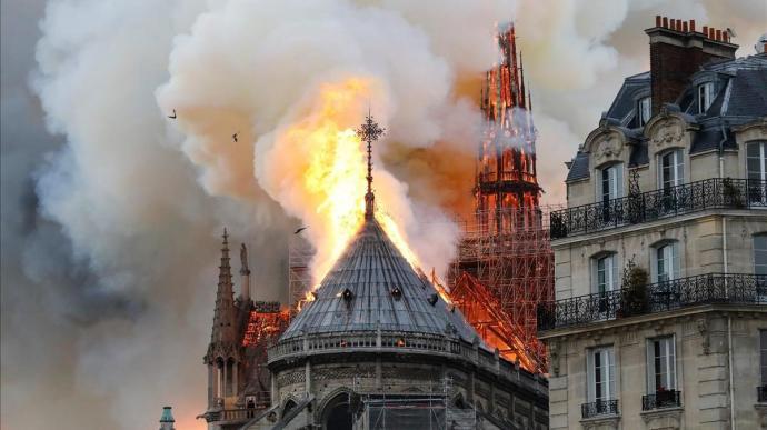 Un grupo empresarial francés anuncia una donación de 200 millones de euros para reconstruir Notre Dame