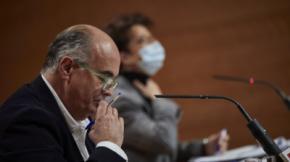El viceconsejero de Salud Pública y Plan COVID-19 de la Comunidad de Madrid, Antonio Zapatero, y la directora de Salud Pública, Elena Andradas.