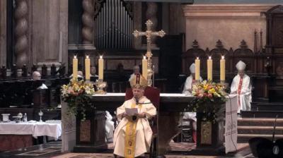 El cardenal Cañizares, durante la homilia de la misa del Corpus Christi